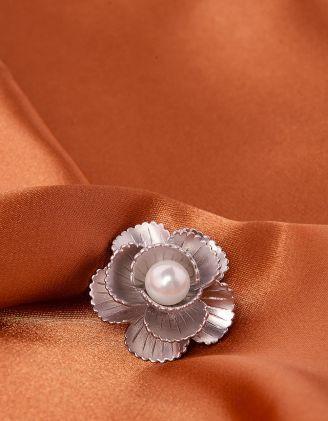 Брошка у вигляді  квітки   з перлиною | 240000-06-XX - A-SHOP