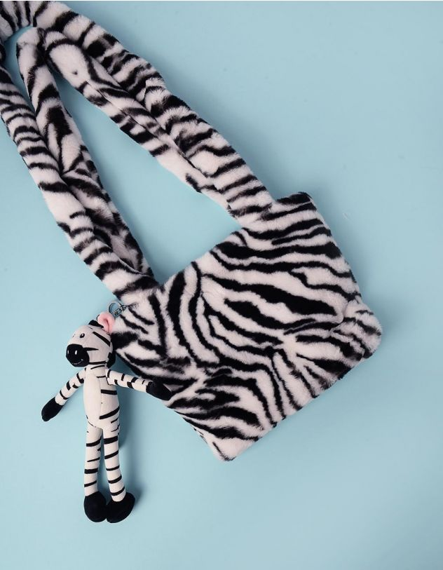 Сумка хутряна з принтом та  брелоком у вигляді тварини | 245280-01-XX - A-SHOP