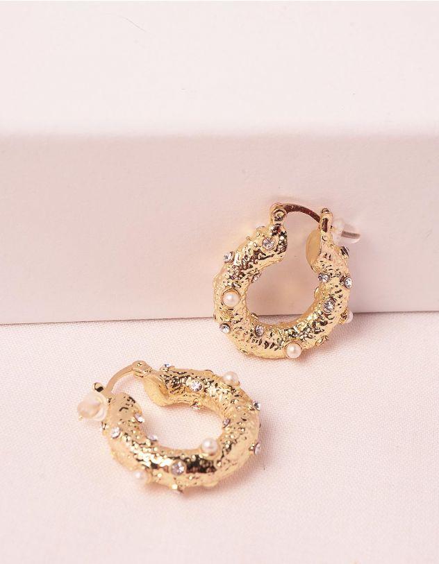 Сережки з рельєфною поверхнею декоровані перлинами   248100-08-XX - A-SHOP