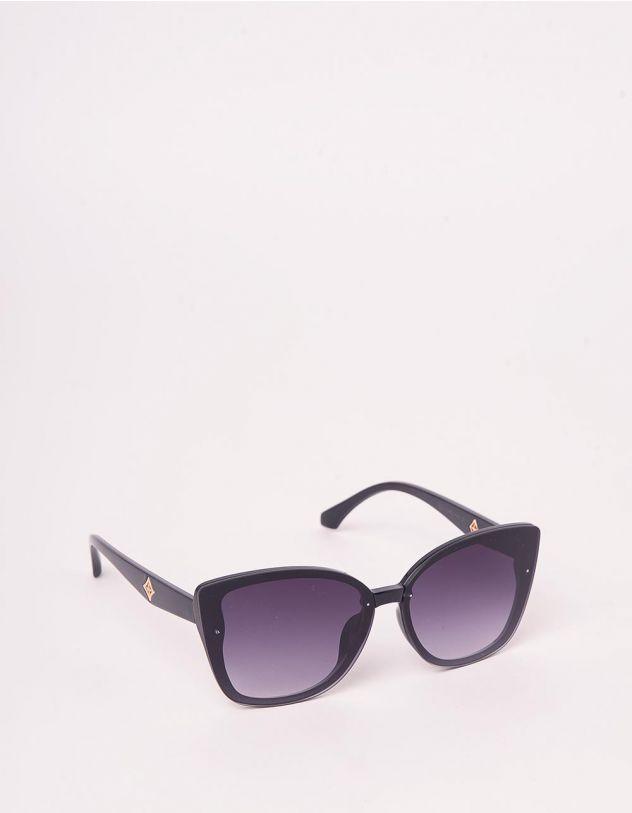 Окуляри сонцезахисні cat eye з фурнітурою на дужках | 245349-30-XX - A-SHOP